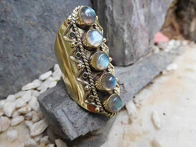 Labradorite Finger Sleeve Ring Avashy