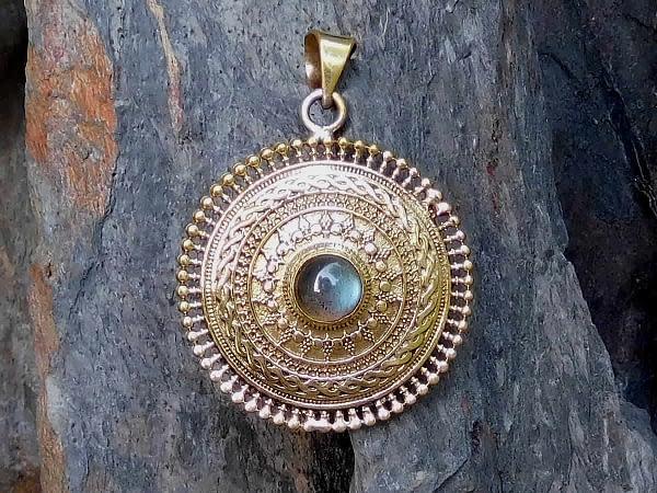 Labradorite Mandala Pendant by Avashy