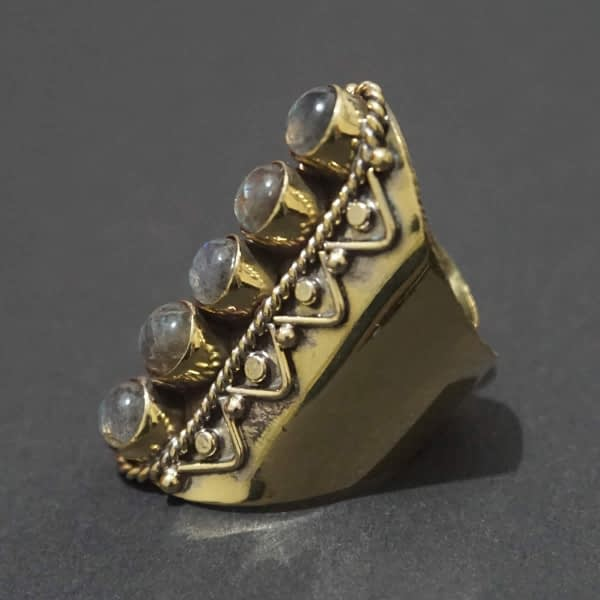 labradorite finger sleeve ring